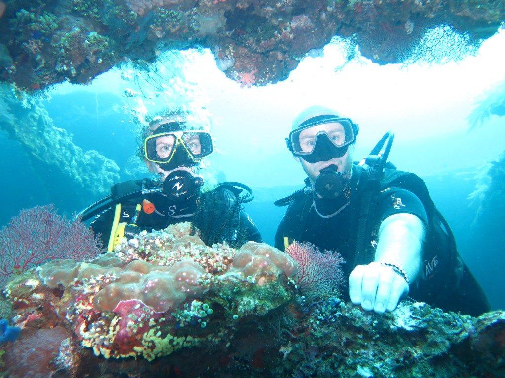 Plonger_epave_Liberty_Bali_merveille4