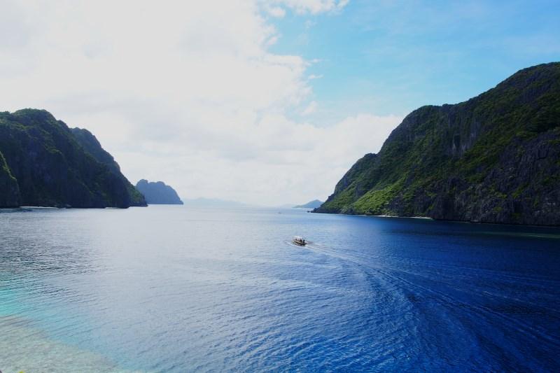 Paysage grandiose de la Baie de Bacuit à El Nido