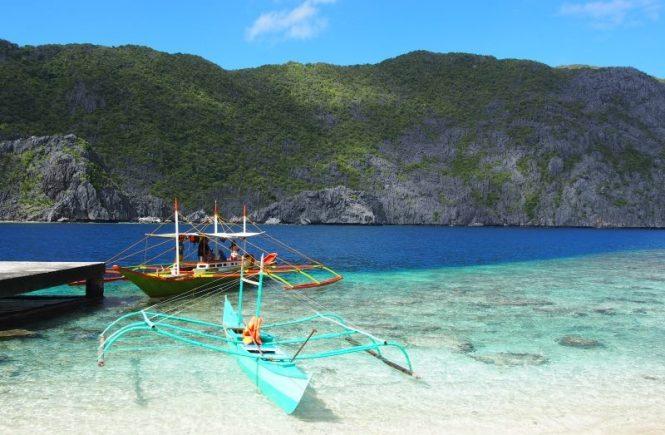 Bateaux dans l'archipel de Bacuit à El Nido