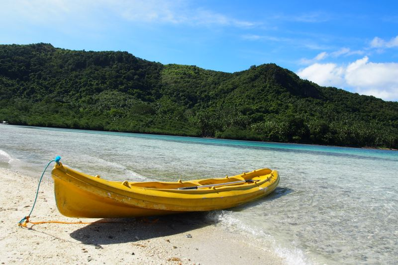 Faire du Canoe à El Nido aux Philippines