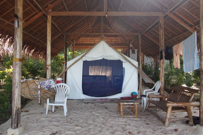Camping Palawan à Port Barton aux Philippines