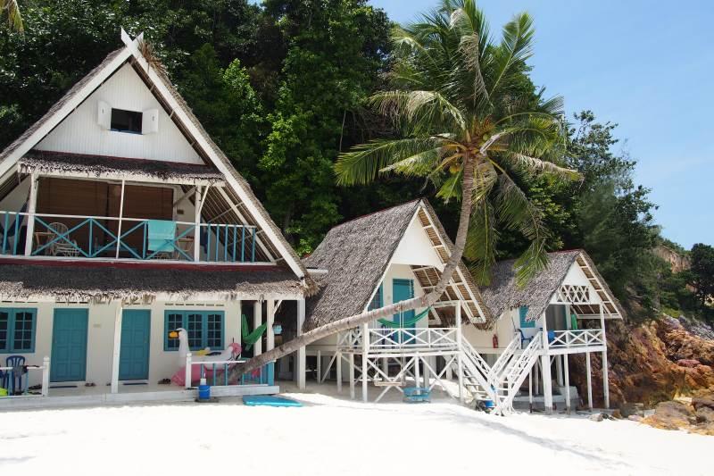 Un week-end à Rawa : bungalows de l'hôtel Alang's Rawa
