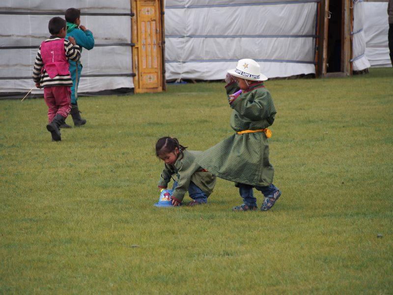 Carnet de voyage en Mongolie : enfants mongols