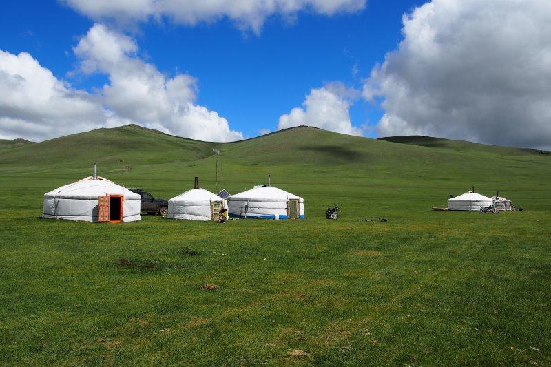 Carnet de voyage en Mongolie : yourtes mongoles