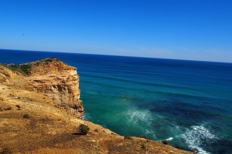 Road trip sur la Great Oean Road : vue sur la falaise et la mer