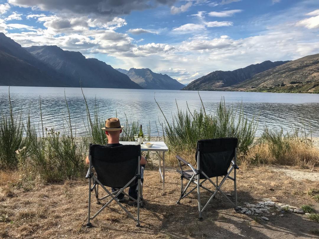 2 semaines en Nouvelle-Zélande : apéro face au lac Wakatipu